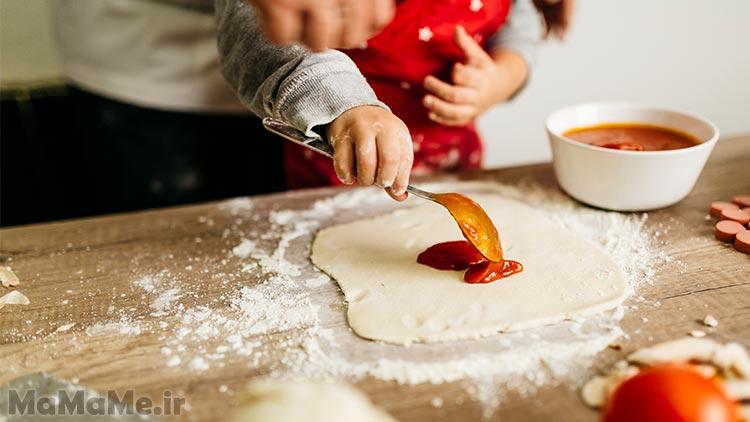 طرز-تهیه-خمیر-پیتزا-خانگی
